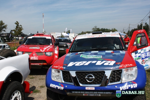 rally01B0649C4B-BA85-D145-9E54-D36B30E56FFE.jpg