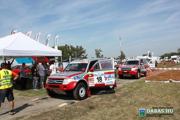 rally092131D297-ABB0-C338-0349-E3282281A010.jpg